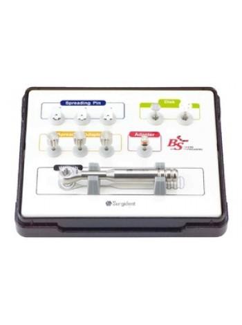 Набор инструментов для размещения нескольких имплантатов на одной операции BONE SPREADIING KIT